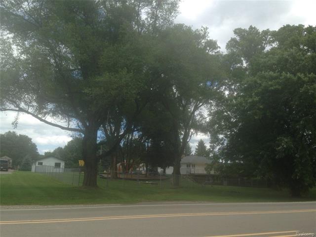 1870 W CLARKSTON Road, Orion Twp, MI 48362