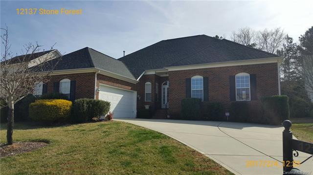 12137 Stone Forest Drive, Pineville, NC 28134