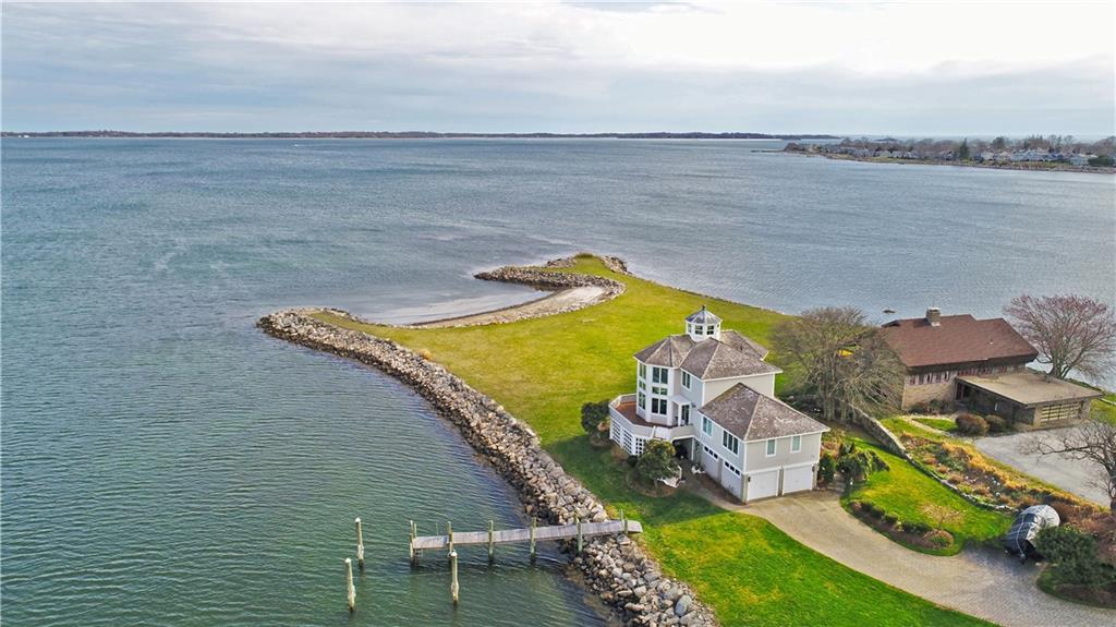 930 Groton Long Point Road, Groton, CT 06340