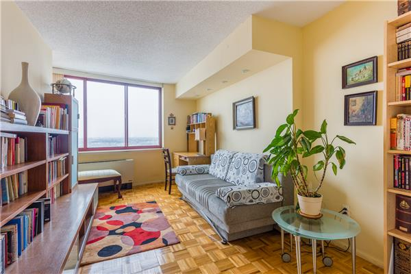 4-74 48th Ave 37-F, Queens, NY 11109