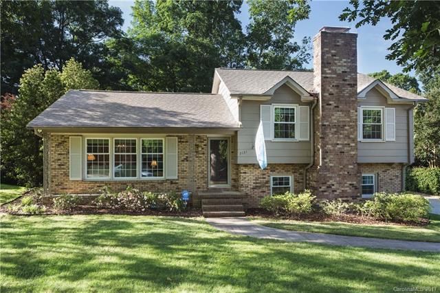 7131 Knightswood Drive, Charlotte, NC 28226