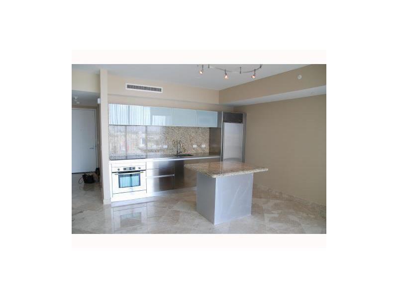 1040 Biscayne Blvd 1805, Miami, FL 33132