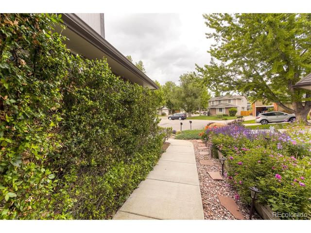 5774 S Lansing Court, Englewood, CO 80111