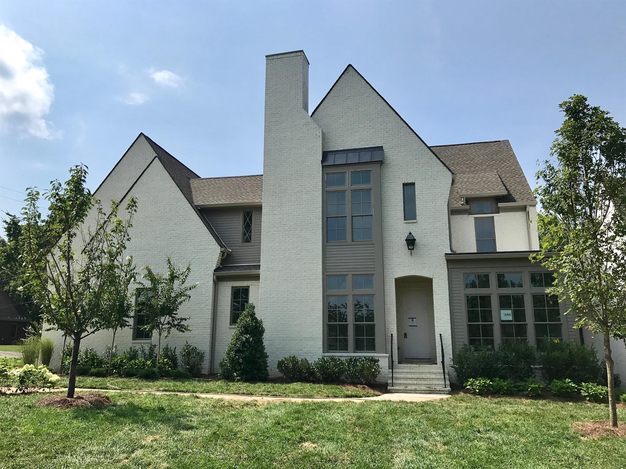1809 Graybar Lane, Nashville, TN 37215