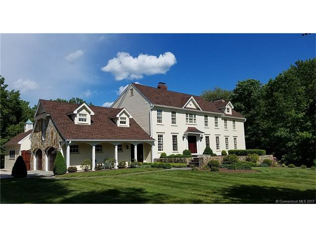 192 Watertown Rd, Middlebury, CT 06762