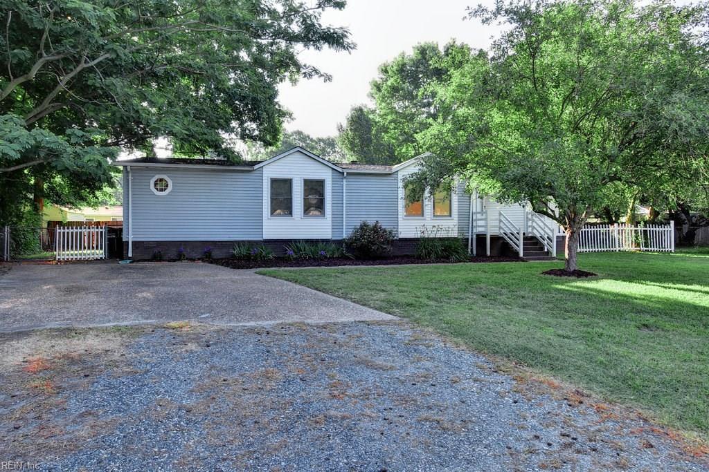 109 Tall Pine CIR, Yorktown, VA 23693
