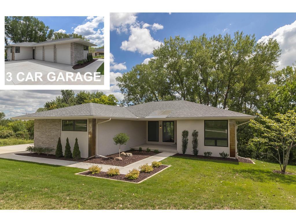5482 SW Lake Ridge Drive, West Des Moines, IA 50265