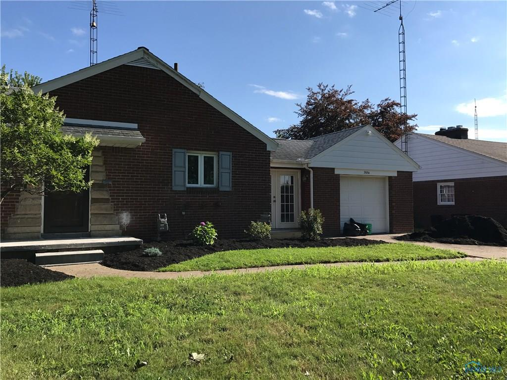 2654 Luverne Avenue, Oregon, OH 43616