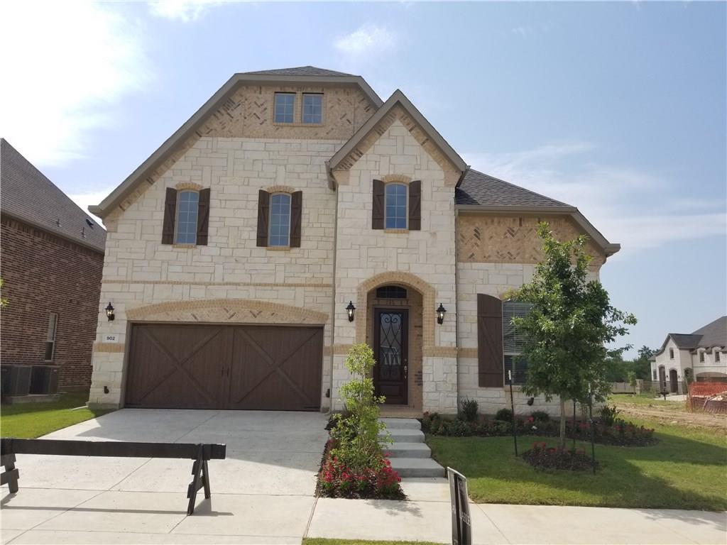 902 Cottontail Lane, Euless, TX 76039
