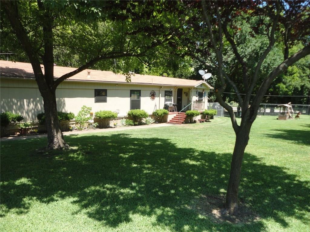 33 Blue Creek Circle, Sherman, TX 75090
