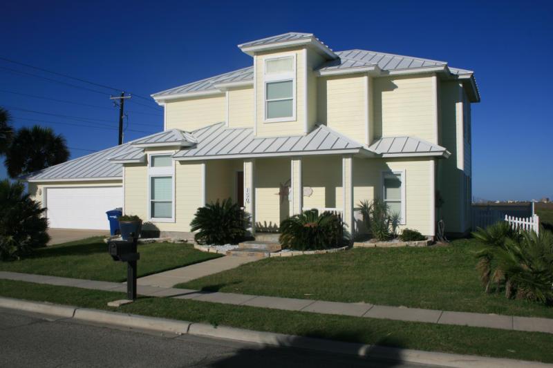 150 Frontside Dr, Corpus Christi, TX 78418