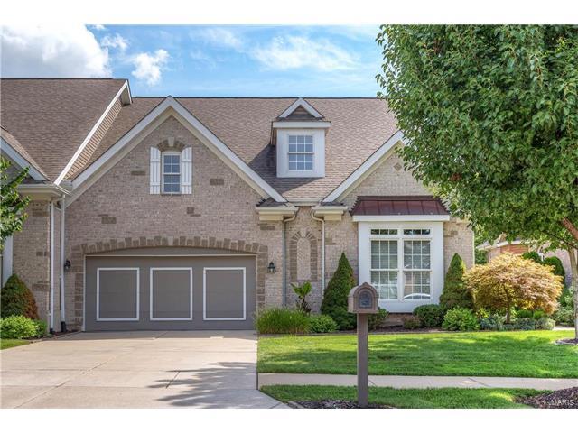 978 Chesterfield Villas Circle, Chesterfield, MO 63017