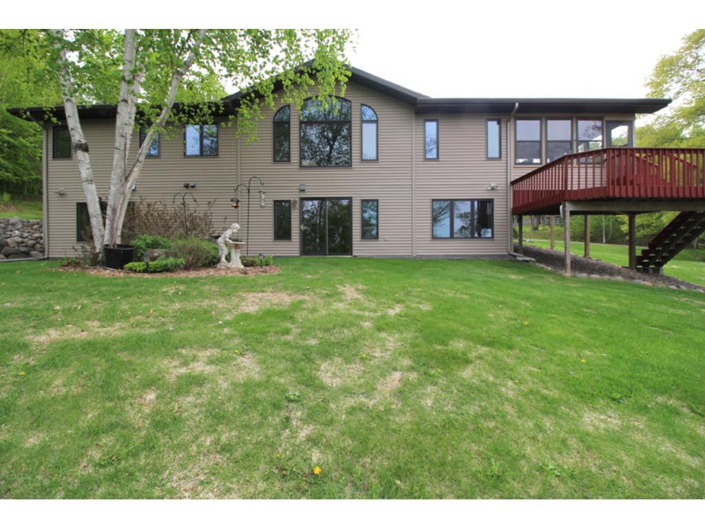 22814 Lakeshore Road, Deerwood, MN 56444