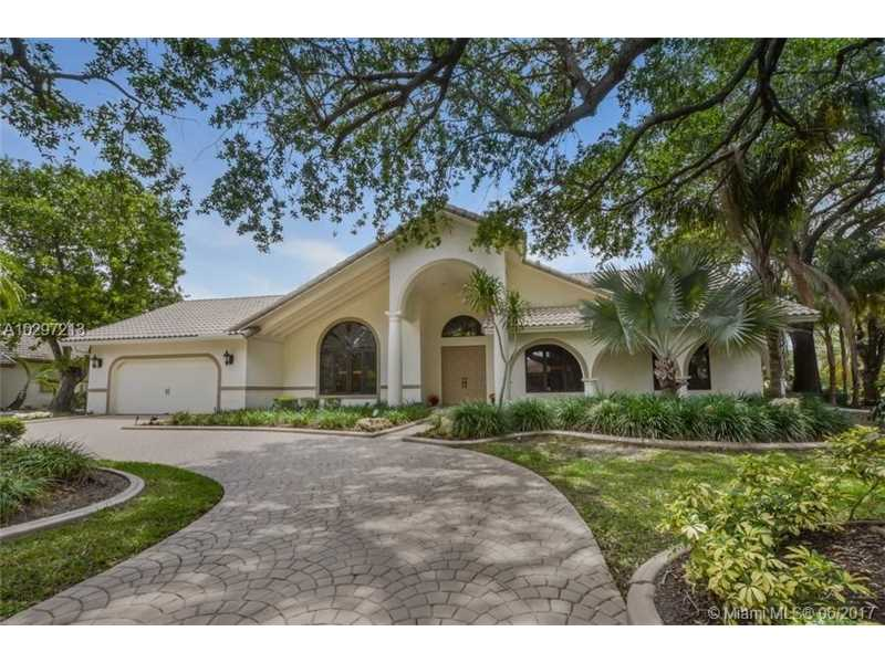 1724 Vestal Dr, Coral Springs, FL 33071