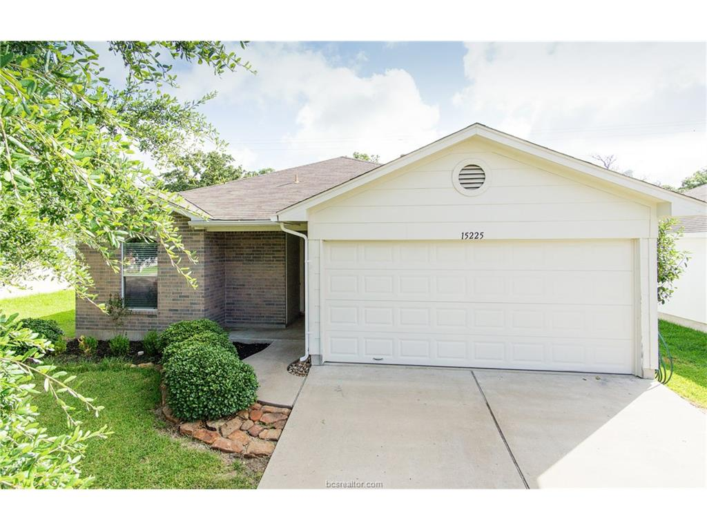 15225 Faircrest, College Station, TX 77845