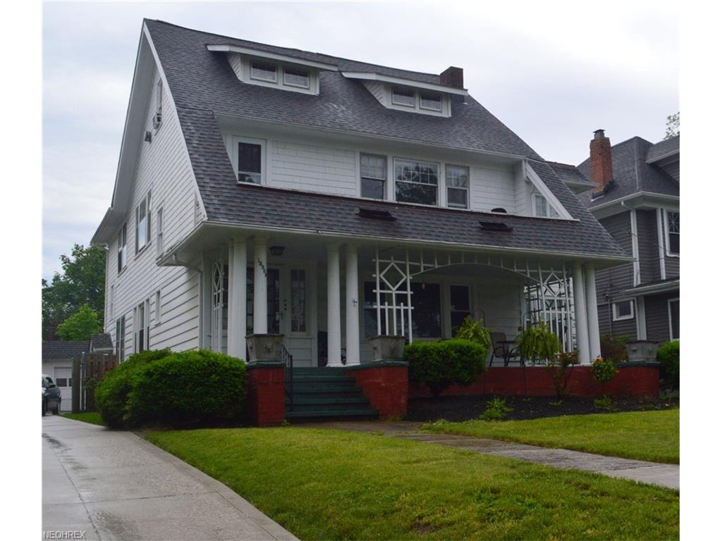 15909 Clifton Blvd, Lakewood, OH 44107
