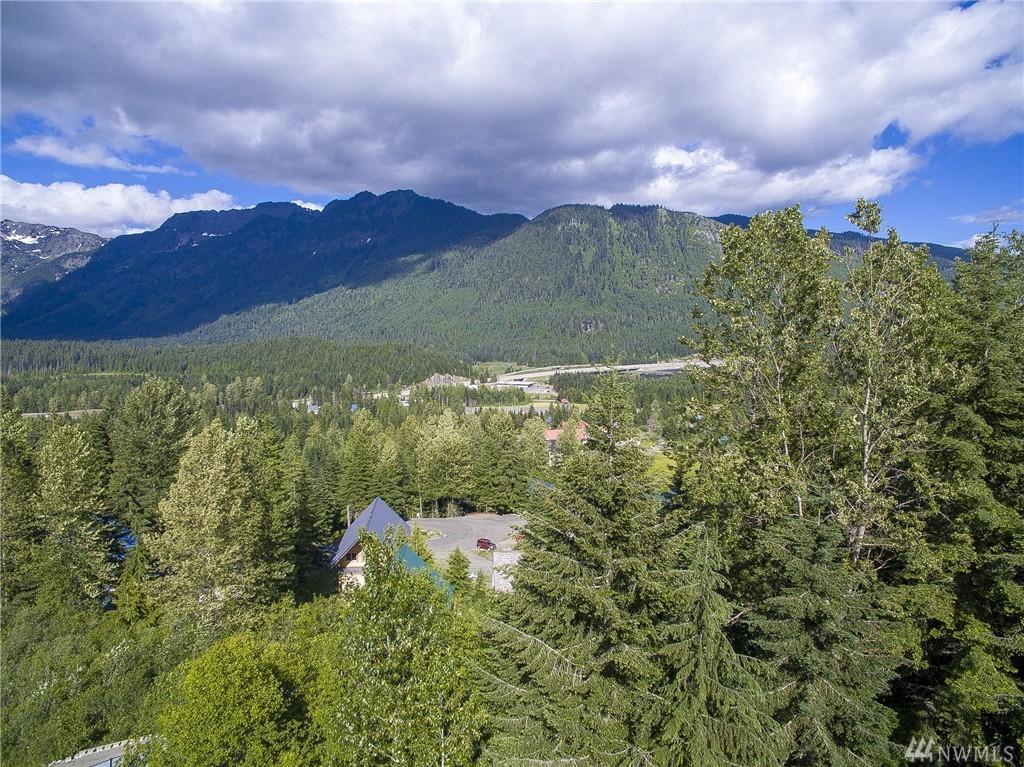68 Innsbruck Dr, Snoqualmie Pass, WA 98068