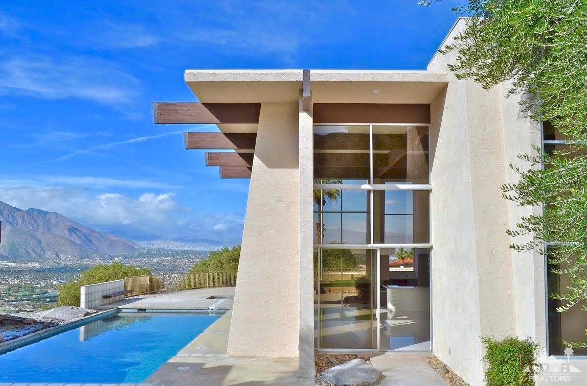 2477 Southridge Drive, Palm Springs, CA 92264