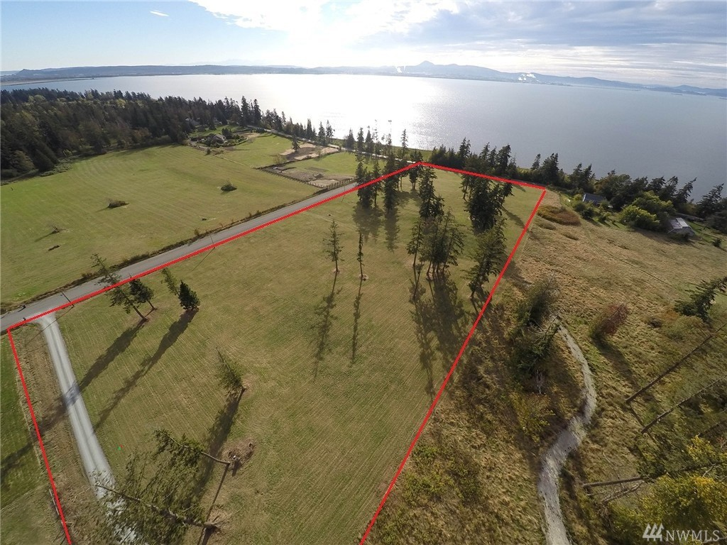 12481 Persons Rd, Bow, WA 98232
