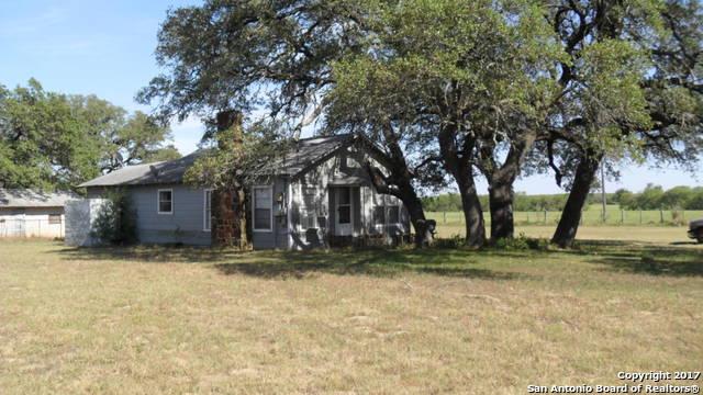 15958 SOMERSET RD, Somerset, TX 78069