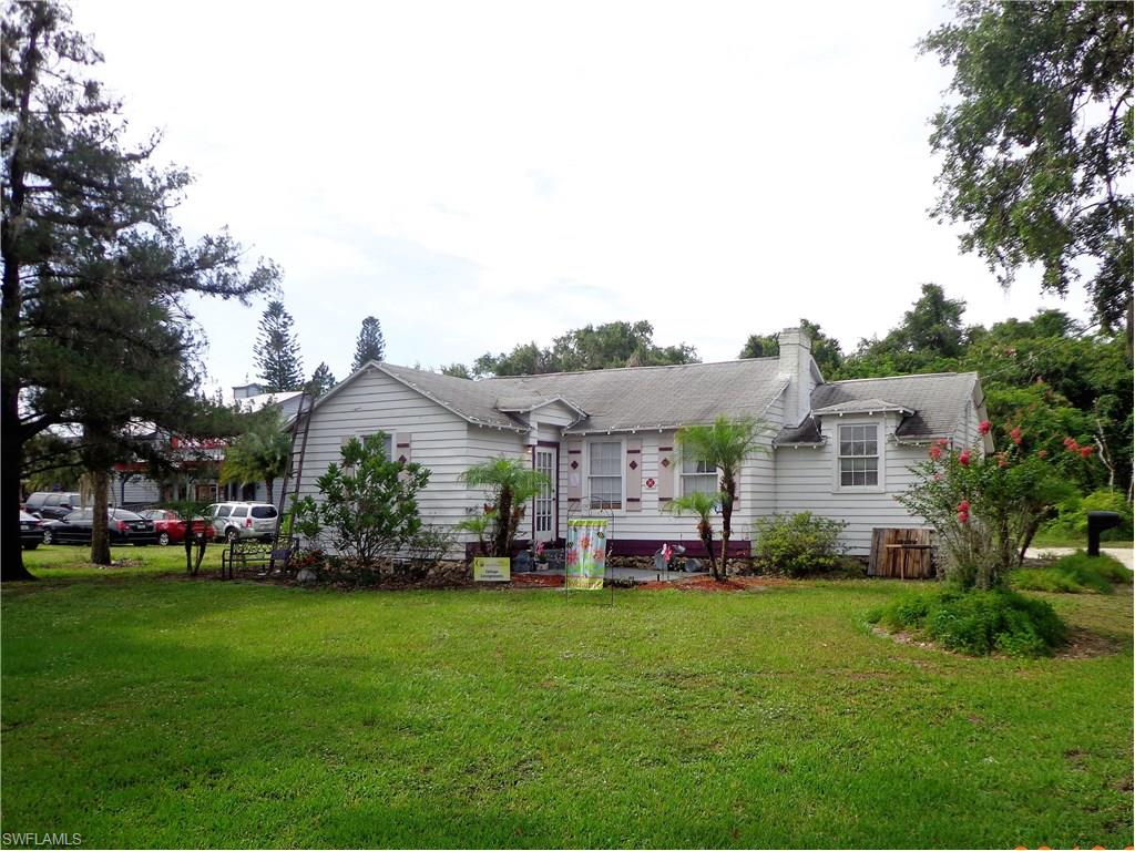 169 W Hickpochee AVE, LABELLE, FL 33905