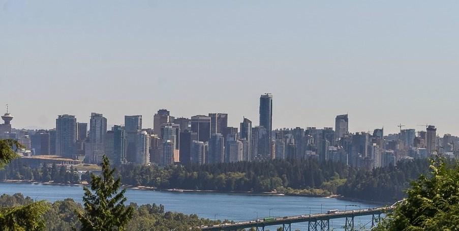 817 YOUNETTE DRIVE, West Vancouver, BC V7T 1T1
