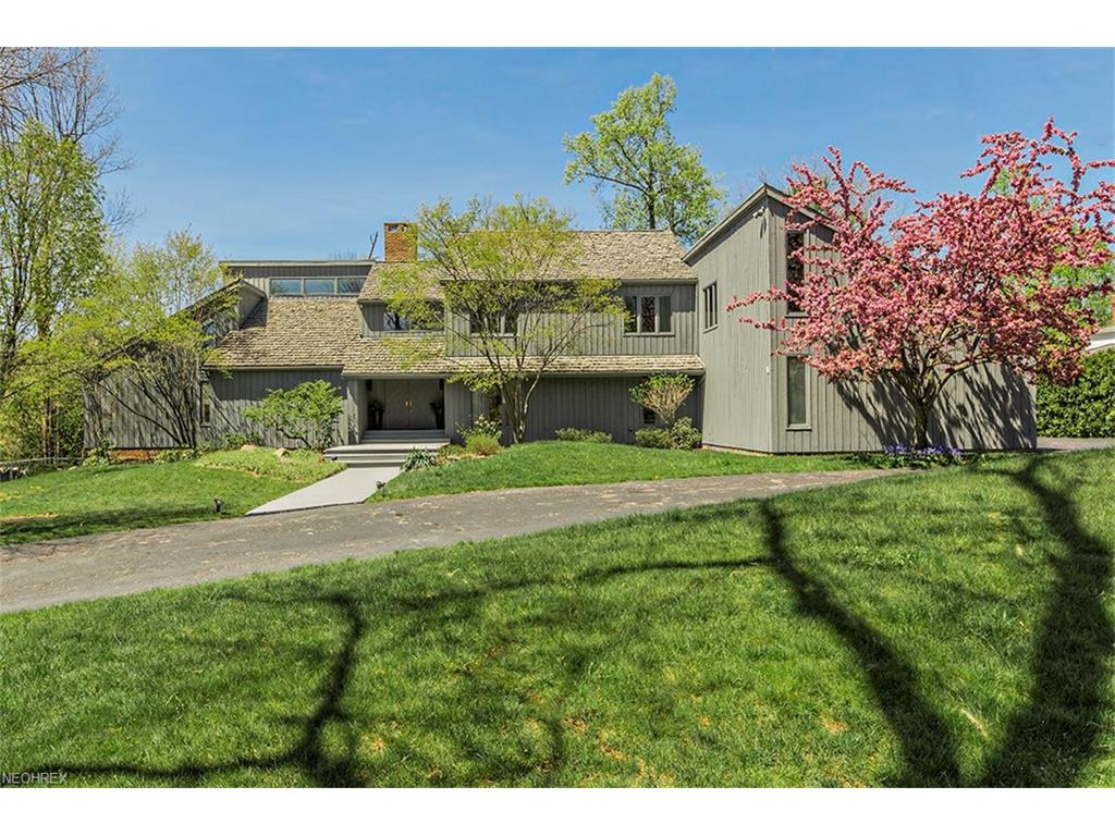 31051 Ainsworth Dr, Pepper Pike, OH 44124