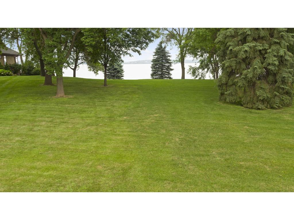 261 Lakeview Terrace Boulevard, Waconia, MN 55387