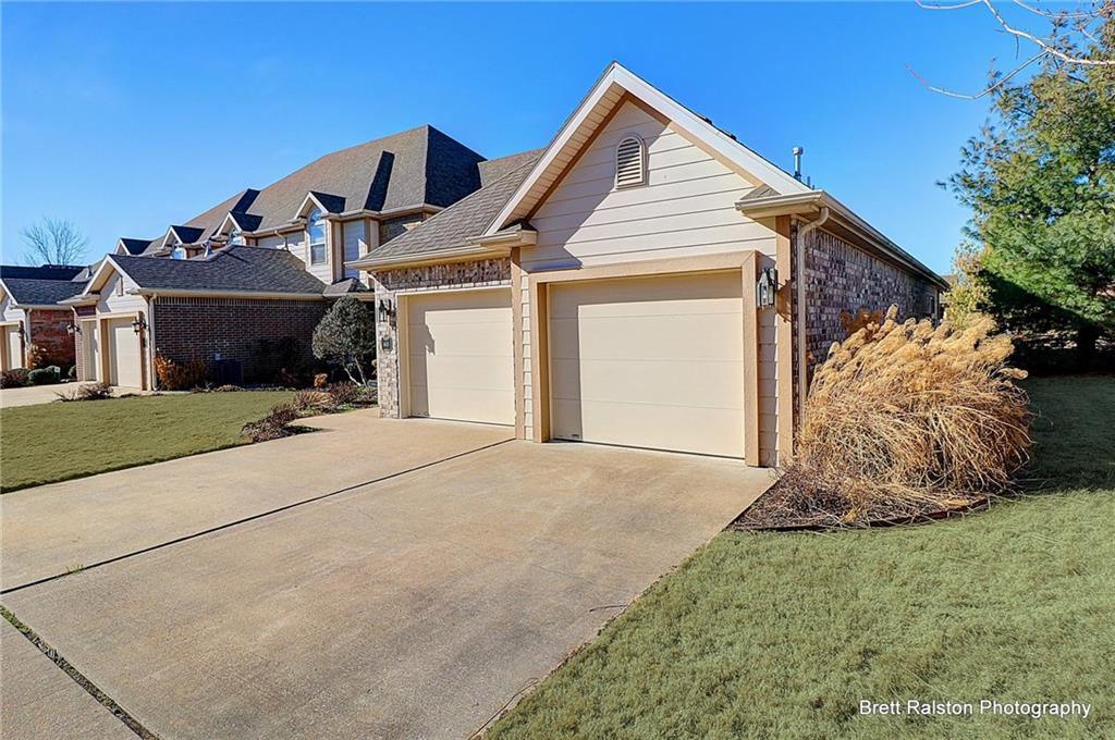 6631 W Valley View RD, Rogers, AR 72758
