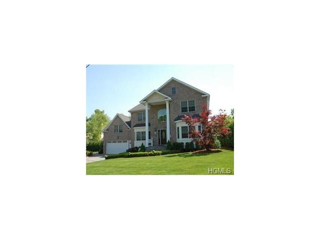 18 Crosshill Road, Eastchester, NY 10709