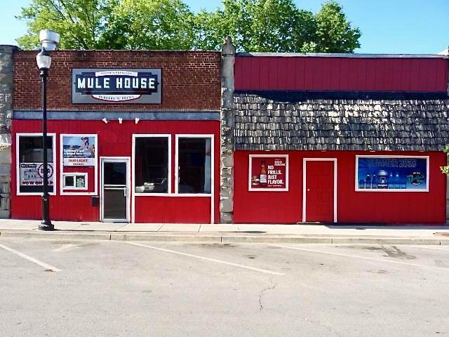 130 Pine Street, Warrensburg, MO 64093