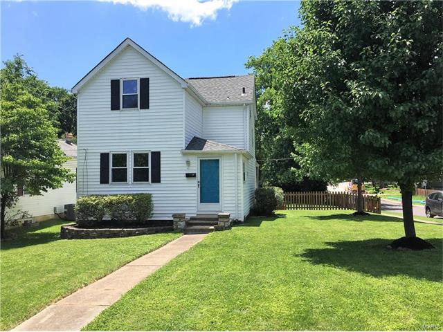 800 E Pacific, Webster Groves, MO 63119