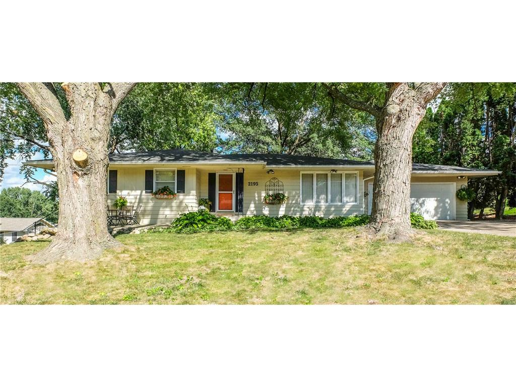 2195 NW 81st Street, Clive, IA 50325