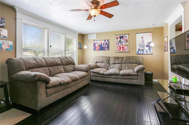 709 NW 80th Terrace, Kansas City, MO 64118
