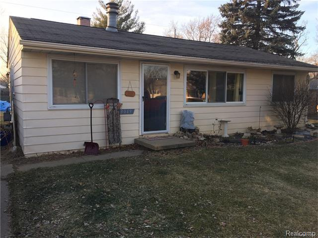3049 FISHER AVE, Commerce Twp, MI 48390