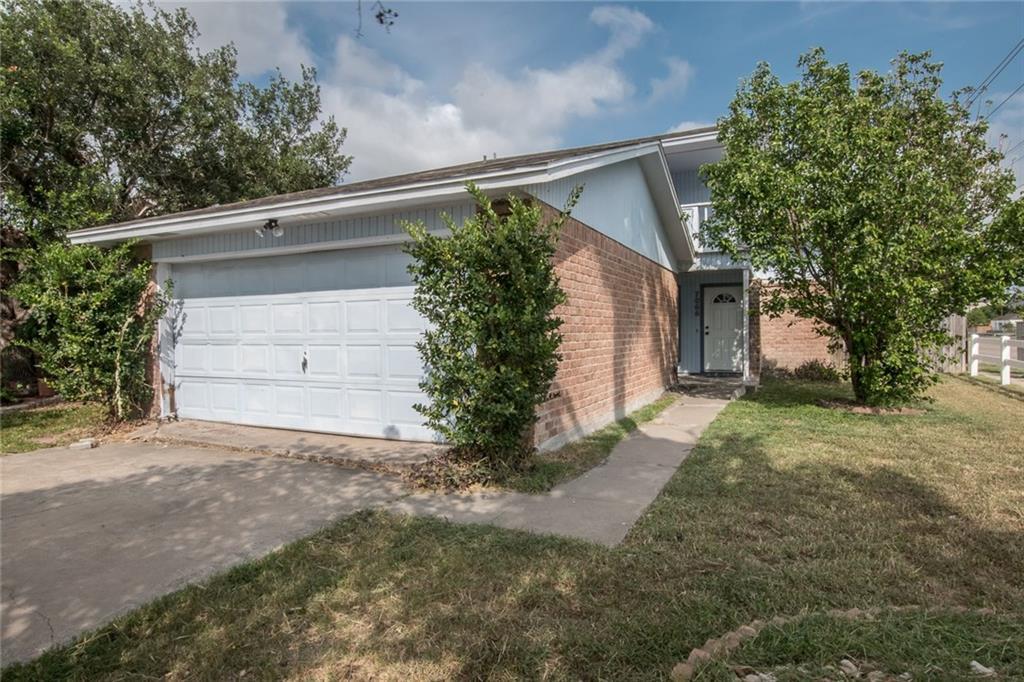 7066 Clubgate Dr, Corpus Christi, TX 78413