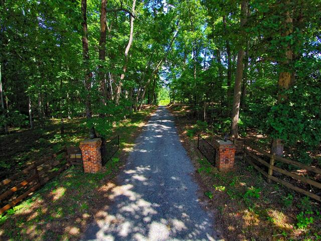 3091 Old Meeting House Road, Sharon, SC 29742