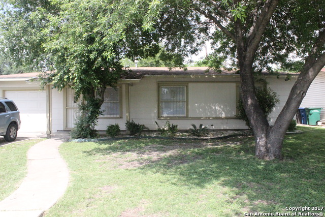 811 Hermine Blvd, San Antonio, TX 78201