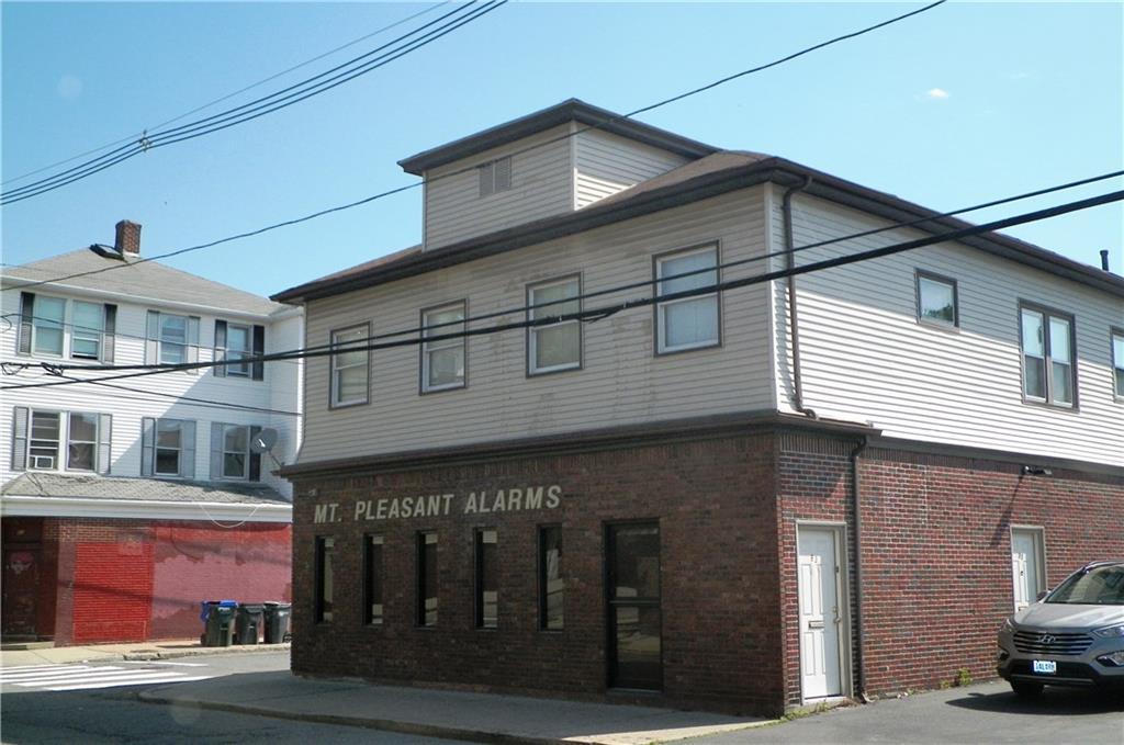 85 Academy AV, Providence, RI 02908