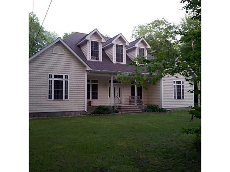 15 BALCOM RD, Foster, RI 02825