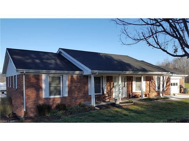 Solidly built brick house on a quiet corner, yet centrally located between Hendersonville and Brevard off of highway 64.! Also a quick drive thru to the Asheville airport! Open spacious yard with shed and RV parking pad. House has a great feel to it and has a see thru, two room fireplace! View out the back to Mount Pisgah on the Blur Ridge Parkway! House has been well maintained and has a homey cozy feel. Big tree in the front and lots of nice flowers around the yard! Must see... Great house!