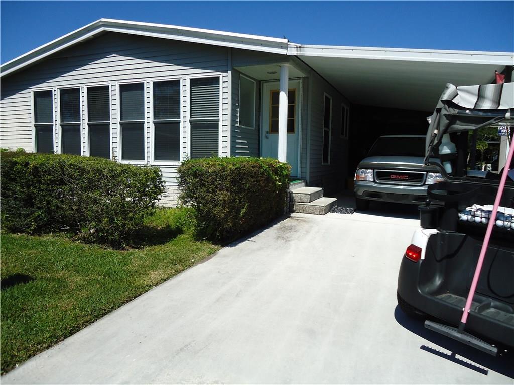 14522 SW Divot Drive, Indiantown, FL 34956