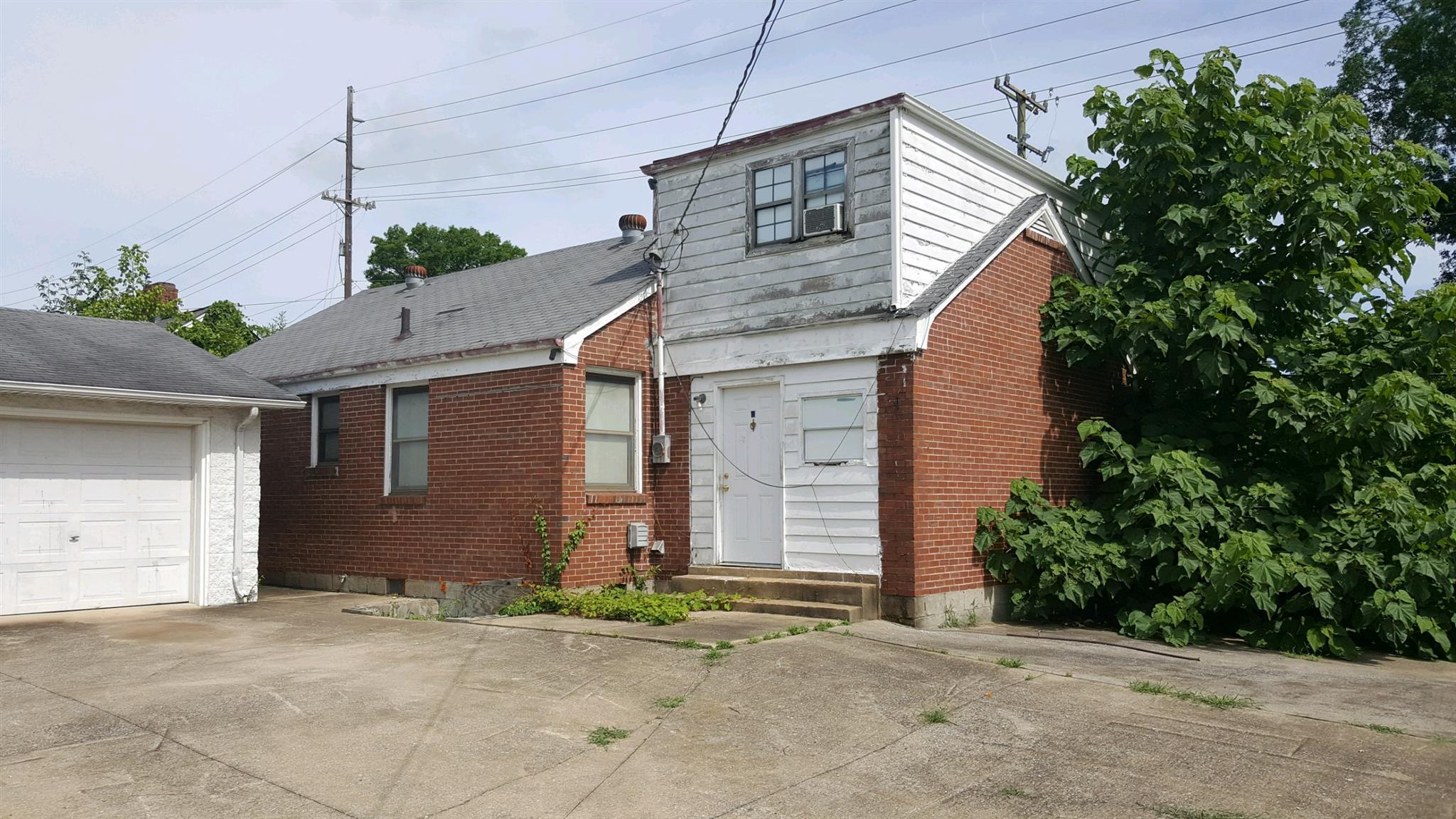 2212 Porter Rd, Nashville, TN 37206