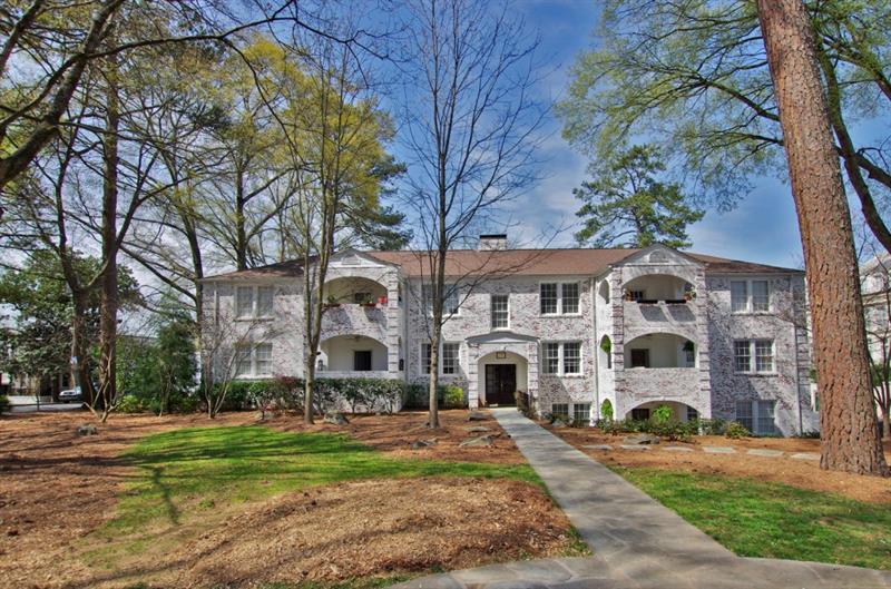 77 Peachtree Memorial Drive 1, Atlanta, GA 30309