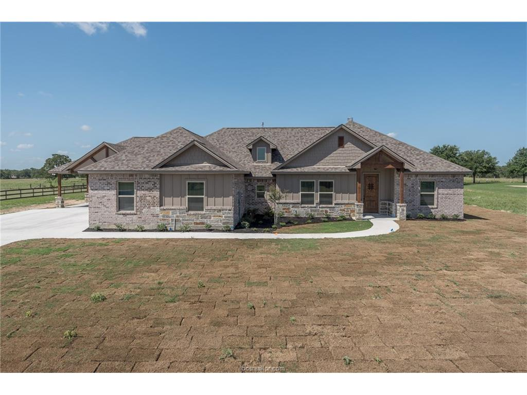 7468 Hidden Trail, Bryan, TX 77808
