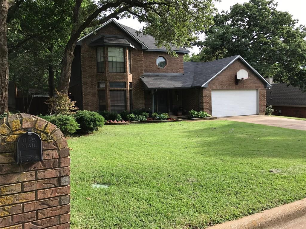 1221 Circle View Court, Grapevine, TX 76051