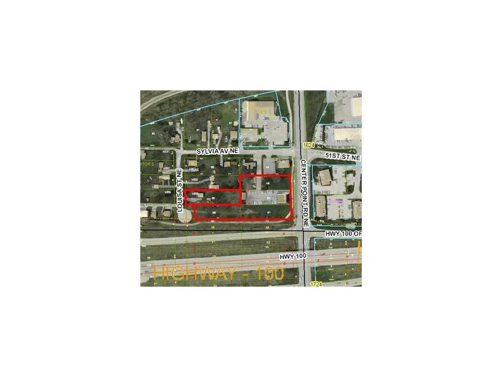 5015 CENTER POINT Road NE, Cedar Rapids, IA 52402