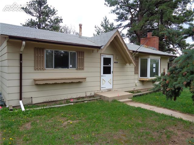 348 Eisenhower Drive, Palmer Lake, CO 80133
