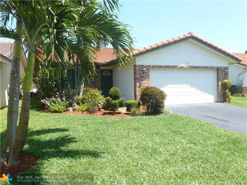 2755 NW 92nd Ave, Coral Springs, FL 33065