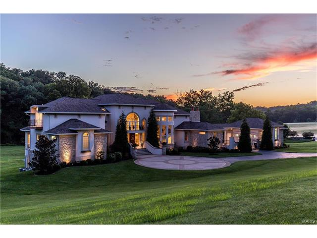 357 Larimore Valley Drive, Chesterfield, MO 63005